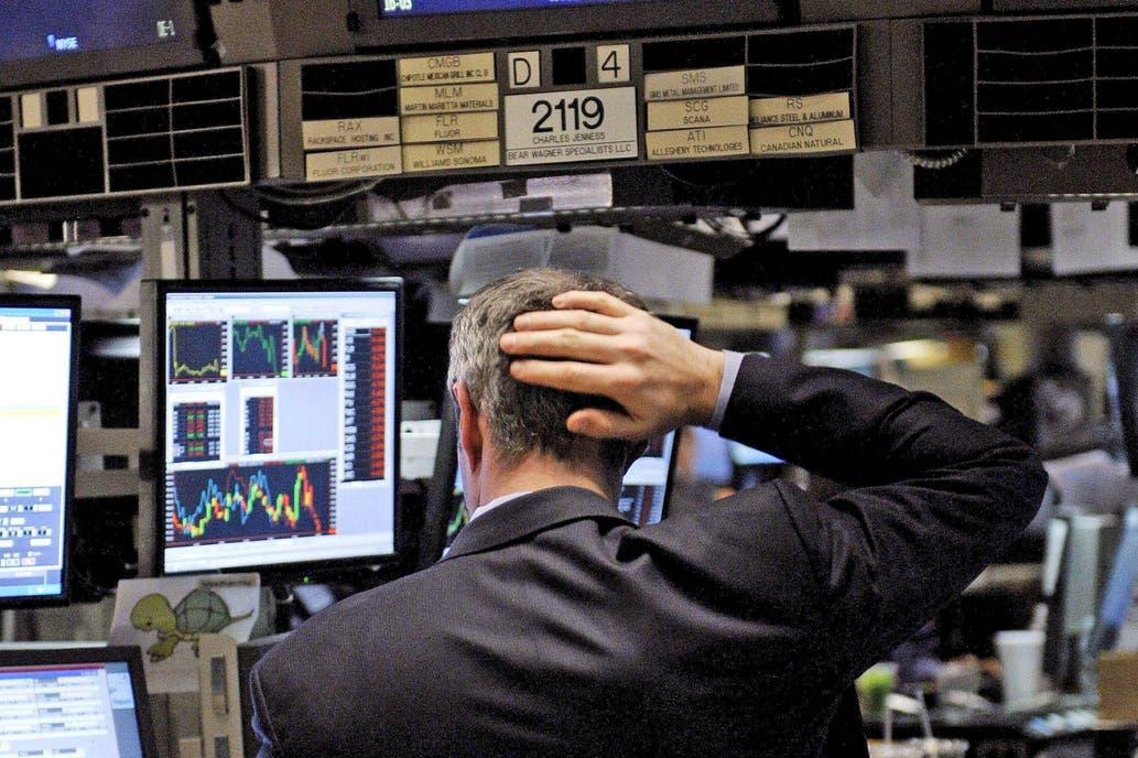 Supera los 2500 puntos por la incertidumbre económica — Riesgo país