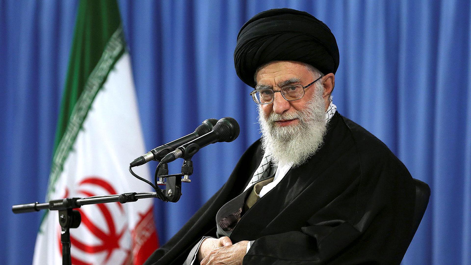 Marchas en Irán contra política de EE.UU